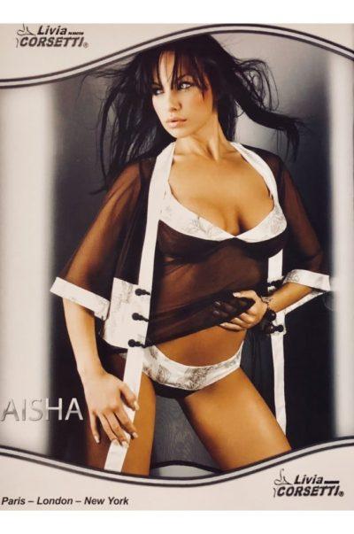 Aisha - Linne set på modell
