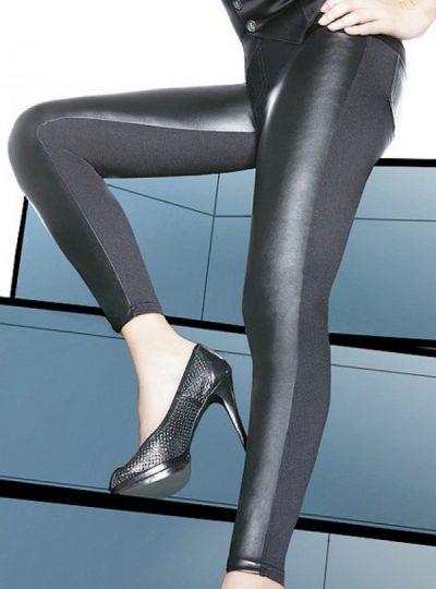 Svarta snygga leggings på modell närbild