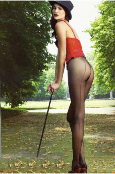 Strumpbyxor - Jessy bak på modell
