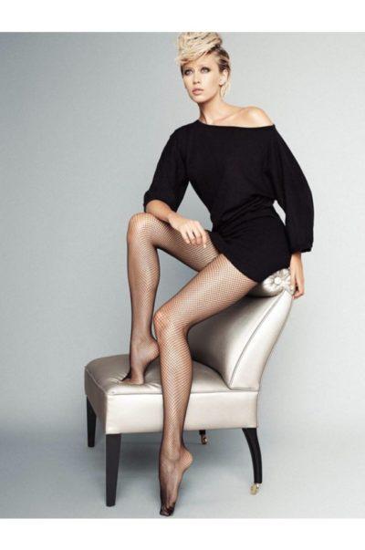 Svarta sexiga nätstrumpbyxor - Rete på modell