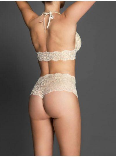 Pärltrosor Culotte ivory bak på modell