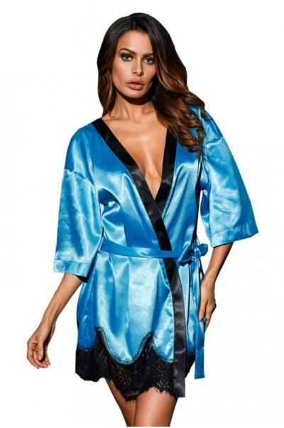 Elegant blå morgonrock fram på modell