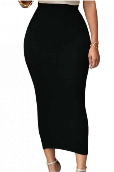 Snygg svart kjol i läcker modell.