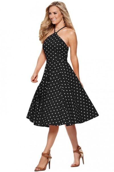 Tidlös klassisk svart och vit klänning i vintage stil