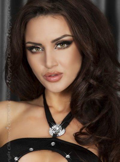 Närbild svart sensuell klänning
