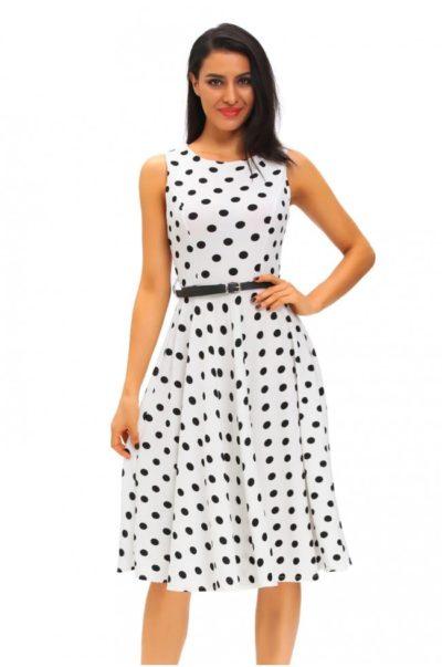 Vintage klänning med smalt skärp